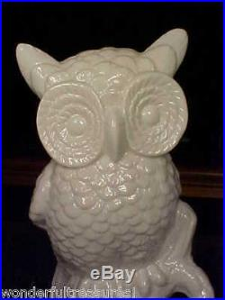 1 ONLY! BEAUTIFUL White Porcelain DETAILED HORNED OWL Bird Figurine Statue