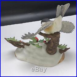 ANDREA SADEK BIRD FIGURINE vintage porcelain statue Japan 7494 Chickadee 1985