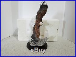 Eagle Porcelain Statue Sculpture Soaring Homco 1993 Wooden Base Vintage Classic