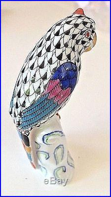 HEREND HUNGARY Porcelain Bird Statue Sculpture Pristine Condition