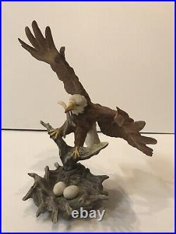 Large Boehm PORCELAIN STATUE OF BLADE EAGLE #40415 %30 Off Summer Special