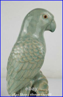 Old Chinese Ru Kiln Porcelain Feng Shui poll parrot popinjay Birds Statue Pair