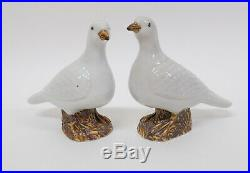 Pair Antique 19thC Chinese Export Porcelain Birds Figures of a Doves or Pigeons