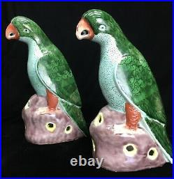 Pair Chinese Export famille verte Porcelain pottery Parrots birds figures green
