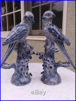 Pair OF Blue And White Porcelain Bird Statue 11