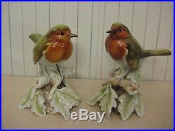 Set Of 2 Cacciapuoti Capodimonte Italy Porcelain Birds Statues, 5 T X 3 1/2' W