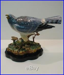 Statue Figurine Harrier Bird Wildlife Art Deco Style Art Nouveau Style Porcelain